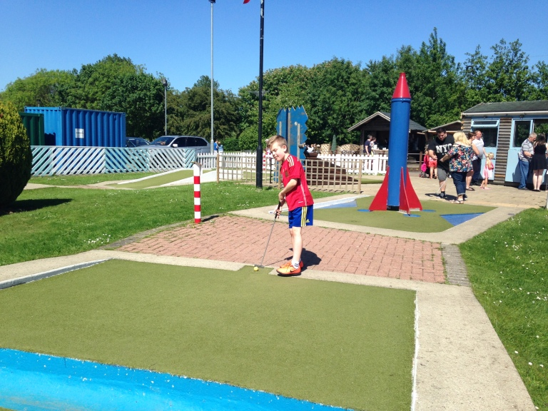Primrose Valley review: Kasper enjoying mini golf